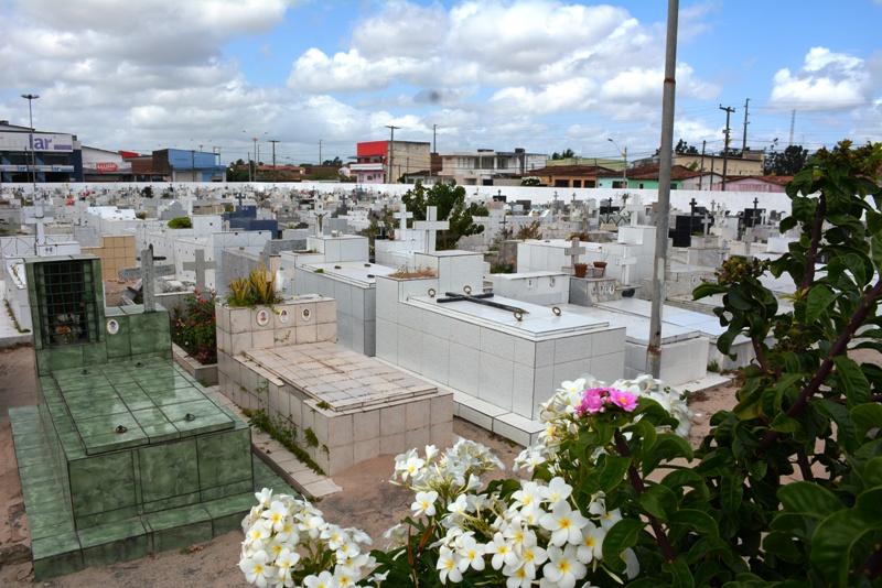 Resultado de imagem para cemitério de parnamirim
